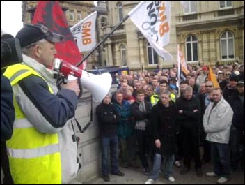Saltend construction workers protest against being locked out by Redhall, photo Yorkshire Socialist Party