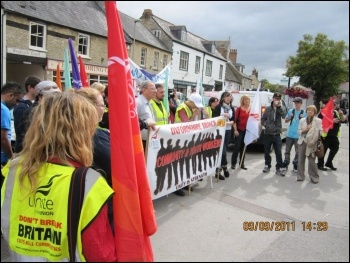 Youth workers' strike, Witney, 9.9.11, John Gilman