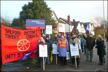 Picket outside Oasis Academy, Salford, photo by Paul Gerrard