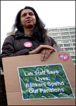 10 May strikers: Unite health members on strike at St Thomas' Hospital, photo Paul Mattsson