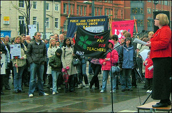 Jane Aitchison addresses the Leeds rally of the April 24th 2008 strikes